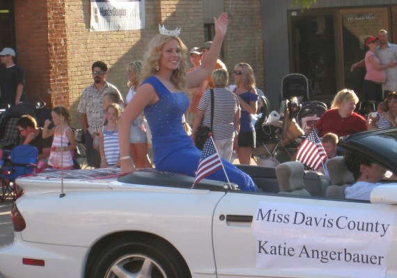 Katie Angerbauer, Miss Davis County