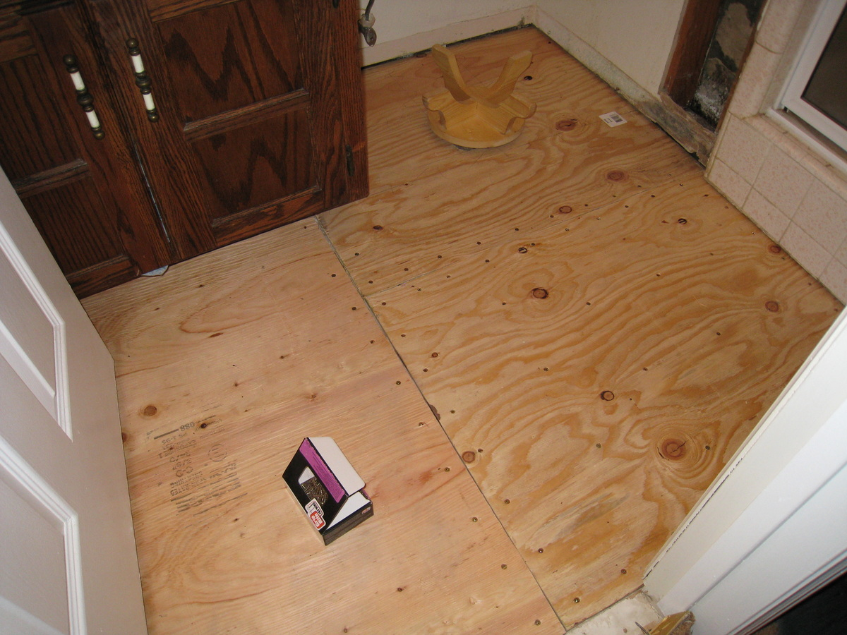 Bathroom Floor Underlayment : Retiling the bathroom