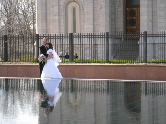 A couple outside the Salt Lake Temple