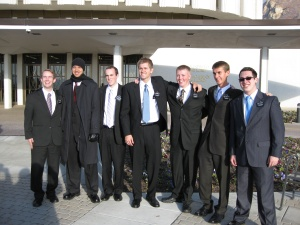 Missionaries at the Provo Temple (Daniel 2nd from right).