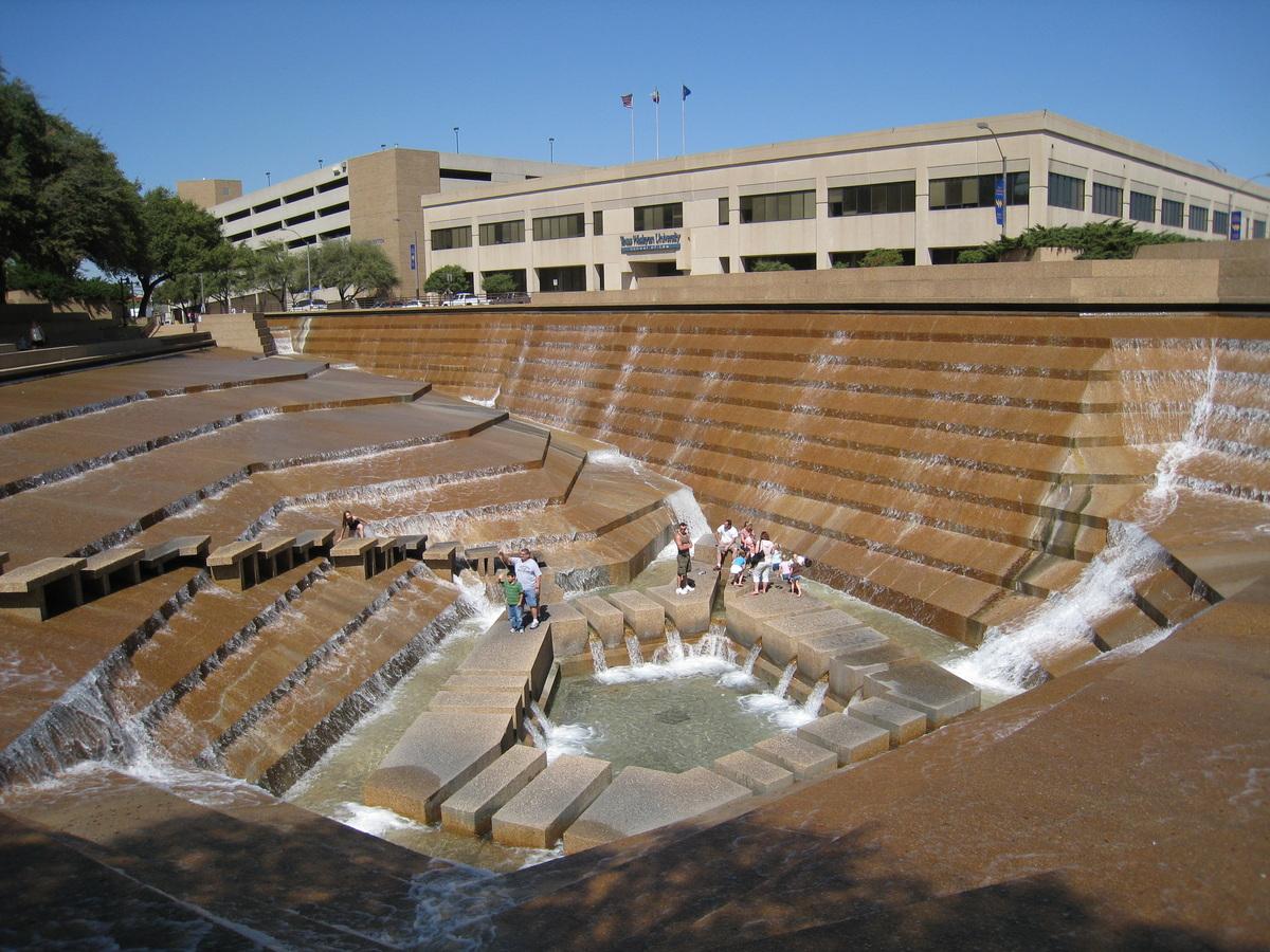 Forth Worth Water Garden