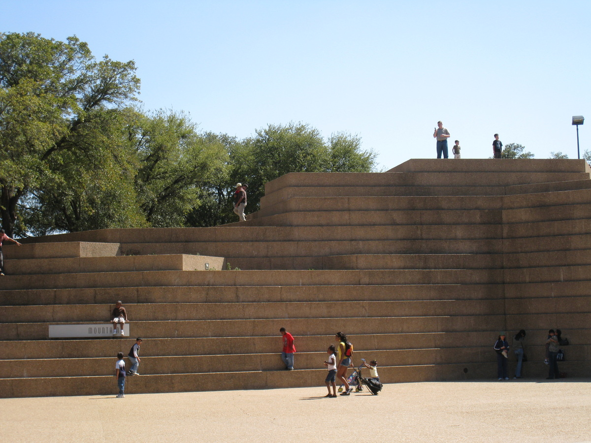 Bryson Picture Book Of Fort Worth Water Gardens