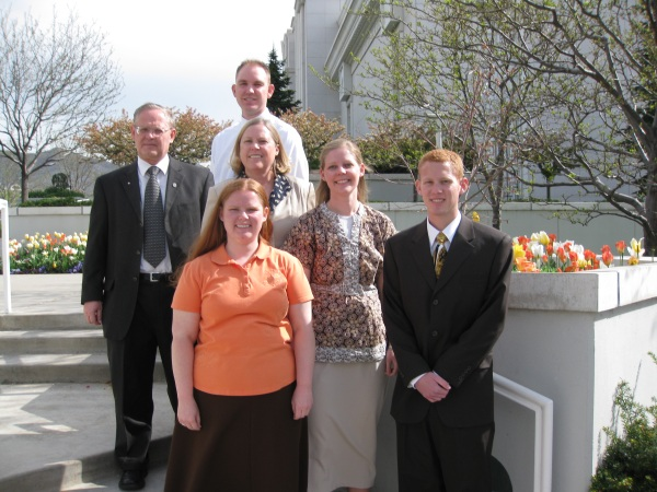 Byron at the Bountiful temple with his sisters, parents, and brother-in-law