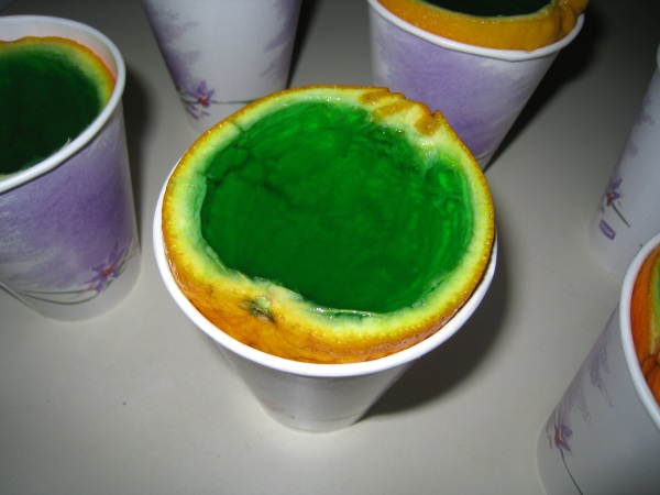 Using a gutted orange as a green Jell-O mold