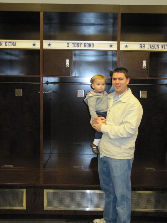 Cowboys Stadium Tony Romo locker