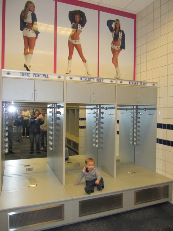Cowboys Stadium cheerleaders lockers