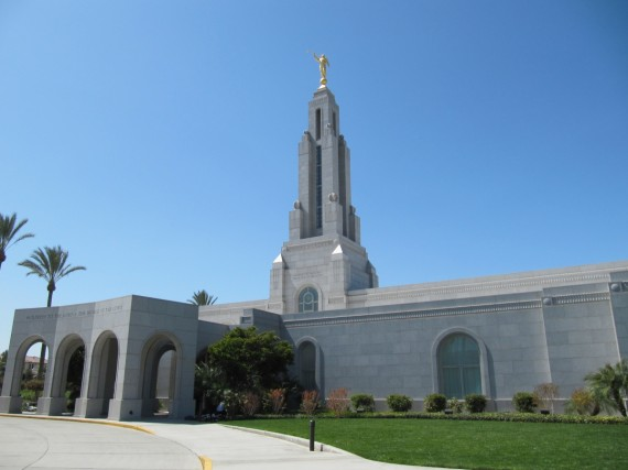 Redlands California Temple