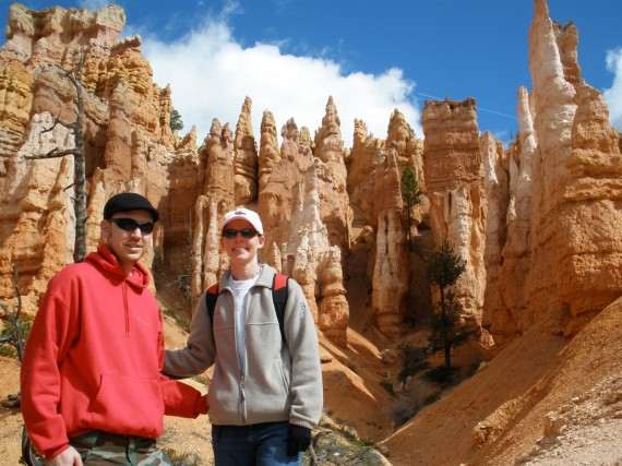 Mark and Connie hiking in Bryce Canyon
