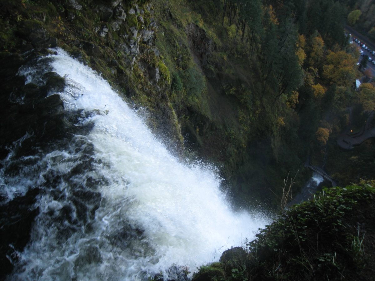 Multnomah Falls from the top