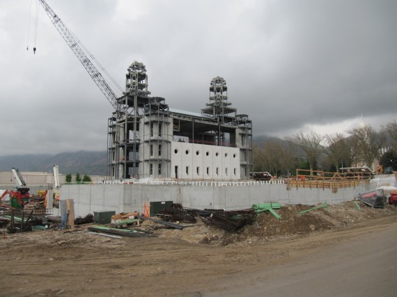 Brigham City Temple walls attached