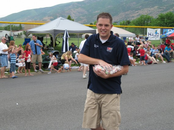 Kaysville July 4th Parade Mayor Steve Hiatt