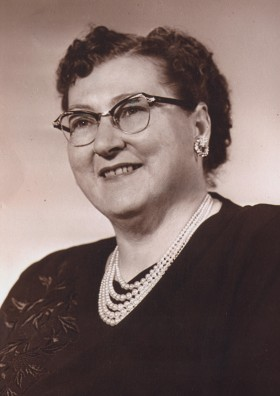 Edith Holst (click to enlarge)