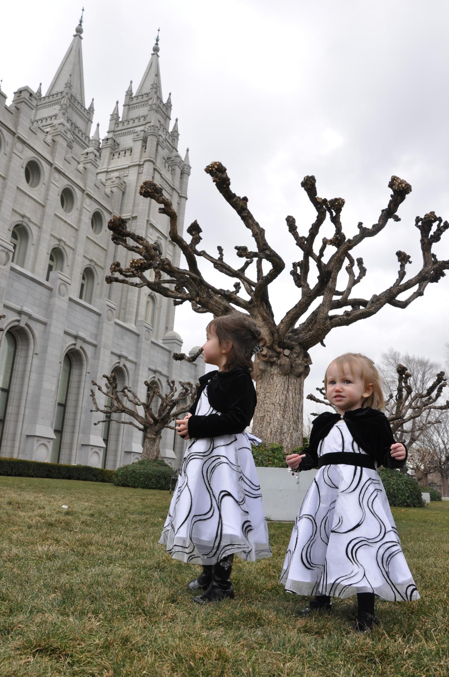 Aurora and Cassandra at the Salt Lake Temple